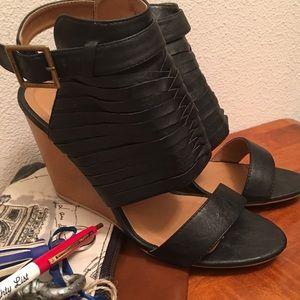 Quipid Wedge Heels